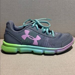 Girls Gray Running Shoes